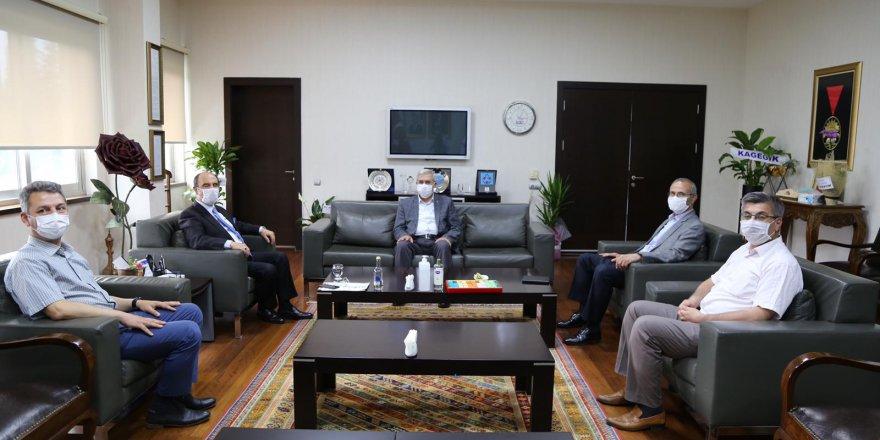 Ksü Rektörü Prof. Dr. Niyazi Can'ın, KMTSO Başkanı Balcıoğlu'nu Ziyaretinde Kurumlararası İşbirliği Konuları Ele Alındı