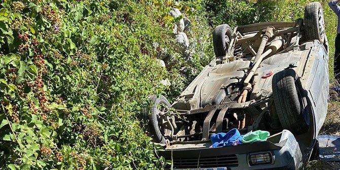 Kahramanmaraş Hacınınoğlu'nda araç takla attı