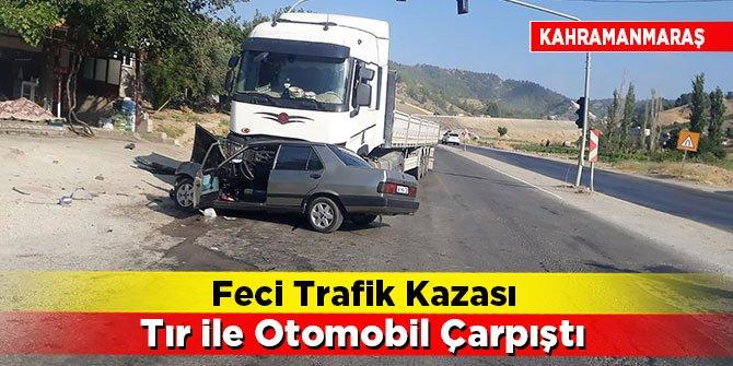 Feci trafik kazası Tır ile otomobil çarpıştı