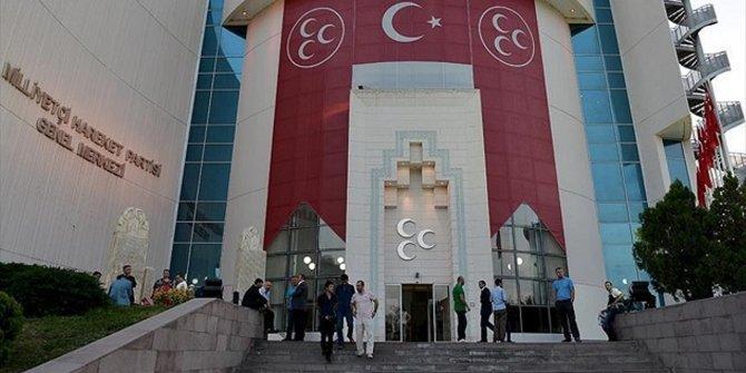MHP'de ayrılıklar devam ediyor! 8 ilçe başkanı görevden alındı