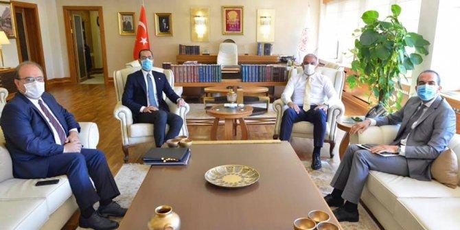 Kahramanmaraş Milletvekilleri Özdemir ve Sezal Turizm Bakanı Ersoy'u ziyaret etti