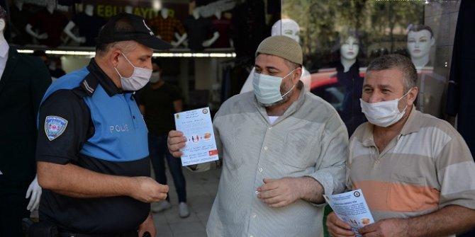 Kahramanmaraş polisinden koronavirüse karşı bilgilendirme çalışması