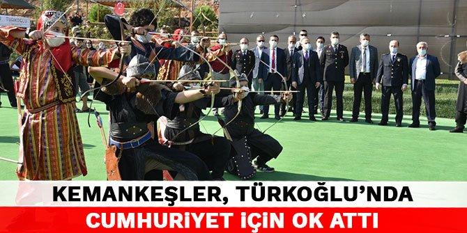Kemankeşler, Türkoğlu'nda Cumhuriyet için ok attı