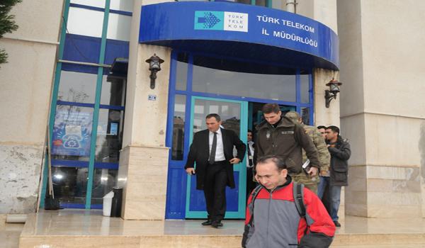 NATO ASKERLERİ TÜRK TELEKOM MÜDÜRLÜĞÜNDE İNCELEMELERDE BULUNDU
