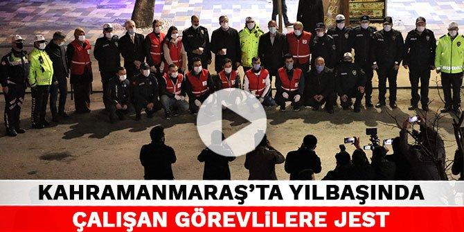 Kahramanmaraş'ta yılbaşında çalışan görevlilere jest