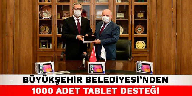Kahramanmaraş Büyükşehir Belediyesi'nden bin adet tablet desteği