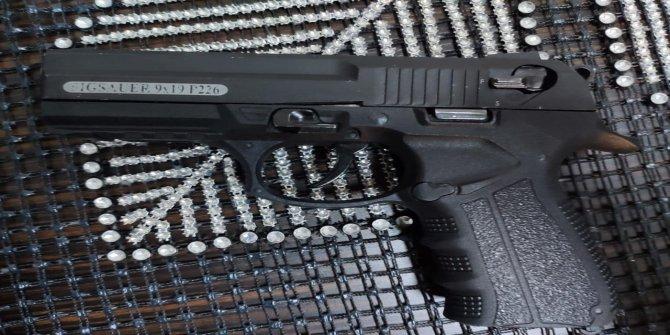 Sosyal medyada silah fotoğrafı paylaştı gözaltına alındı