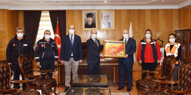 1-7 Mart Deprem Haftası dolayısıyla Vali Coşkun'a ziyaret
