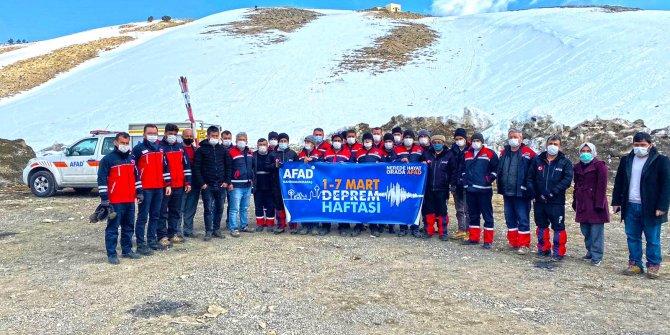 Büyükşehir ekiplerine karla mücadele eğitimi