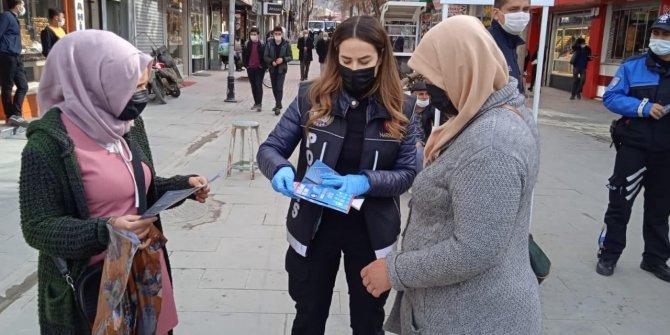 Kahramanmaraş'ta polis anneleri uyuşturucuya karşı bilgilendirdi