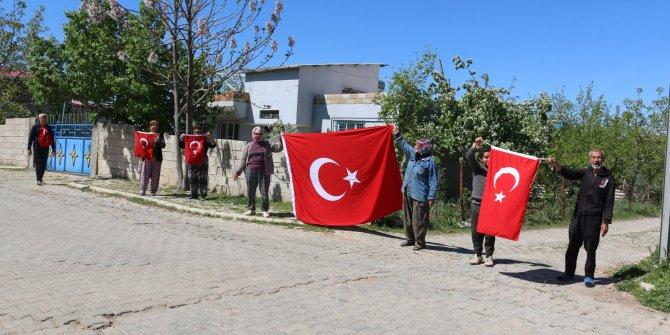 Pazarcık sokaklarında 23 Nisan coşkusu