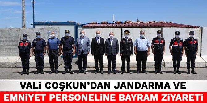 Vali Coşkun'dan jandarma ve emniyet personeline bayram ziyareti