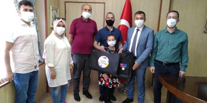 """Yahya Kemal İlkokulu Şiirde Bir""""inci"""""""