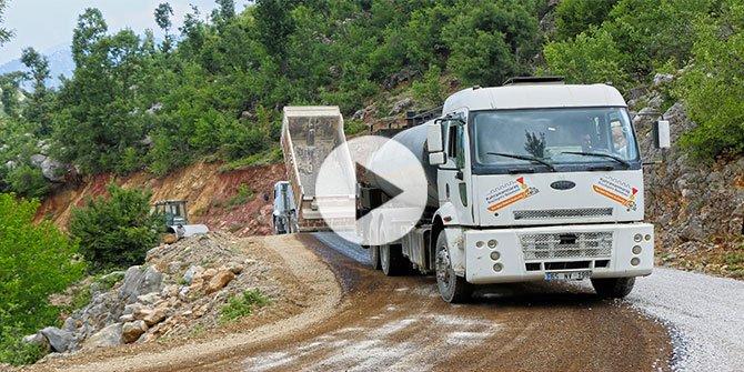 Andırın ve Pazarcık'ta yol yatırımları sürüyor
