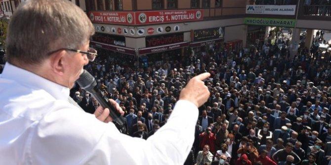 Erciş'te Davutoğlu izdihamı!