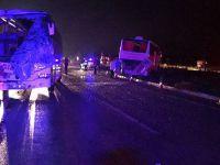 Yolcu otobüsleri çarpıştı: 40 yaralı