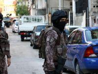 Hatay'da iki terörist yakalandı
