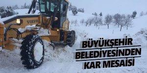 Kahramanmaraş'ta yol temizleme çalışmaları...