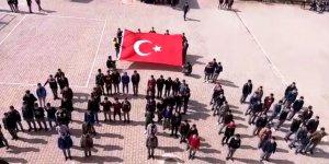 Lise öğrencilerinden Mehmetçiğe destek