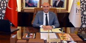 İYİ Parti'de yaprak dökümü! İzmir teşkilatı topluca istifa etti