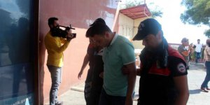 FETÖ'den gözaltına alınan 10 astsubay, sağlık kontolünden geçirildi