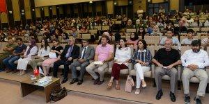 Eğitim Fakültesi 1. Sınıf Öğrencilerine Uyum Semineri Verildi
