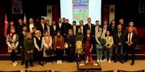 KSÜ'de, Doğu Türkistan'da İnsanlık Hapsediliyor konulu panel düzenlendi