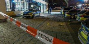 Almanya'da bıçakla polise saldıran Türk öldürüldü
