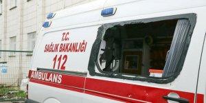 Korona virüs vakasına giden sağlık ekibine dehşeti yaşatan şahıslar tutuklandı