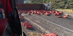 Kayseri-Kahramanmaraş yolunda TIR devrildi