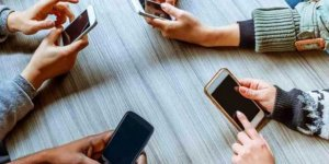 Türkiye'de 45 milyon kişi akıllı telefon kullanıyor
