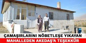 Çamaşırlarını nöbetleşe yıkayan mahalleden Akedaş'a teşekkür