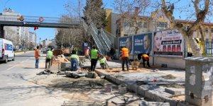 Kahramanmaraş'ın Pazarcık ilçesinde üst yapı çalışmaları sürüyor