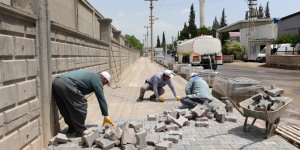 Karaziyaret ve Güzelyurt mahallelerinde parke çalışmaları