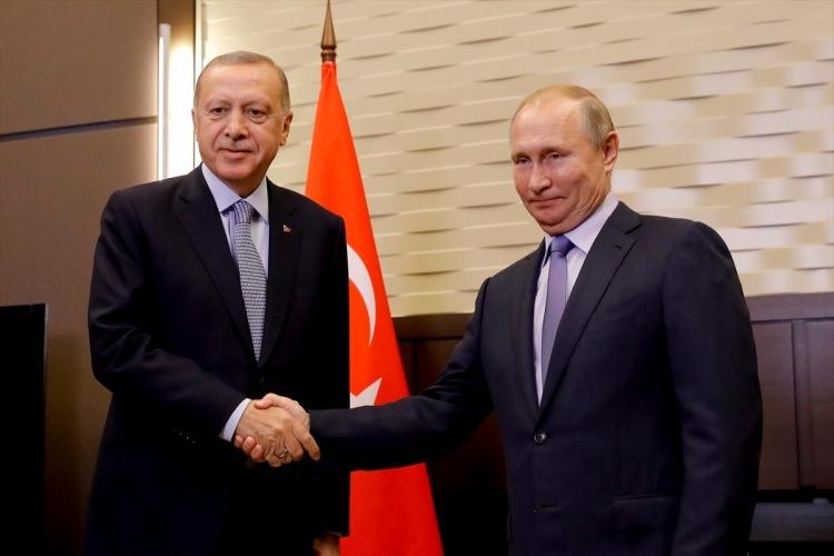 cumhurbaskani_erdogan_rusyada_dikkat_ceken_anlar_1571741463_7136_w750_h500.jpg