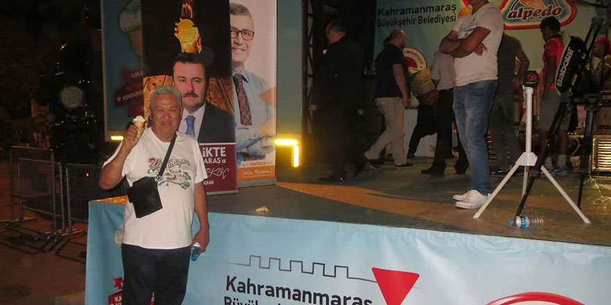 dondurma-tiri-istanbul-uskudar-meydaninda3.jpg