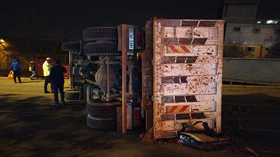 freni-bosalan-kamyon-otomobili-ezdi2.jpg