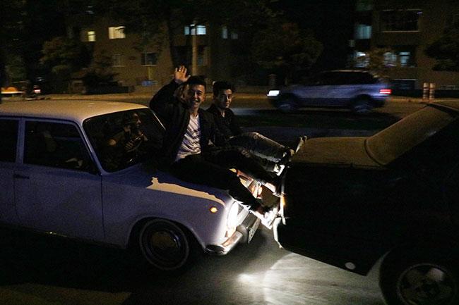 yakiti-biten-otomobili-boyle-goturduler1.jpg
