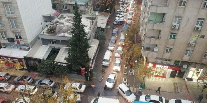 Kahramanmaraş'ta gelişi güzel parklar sürücüleri çileden çıkardı