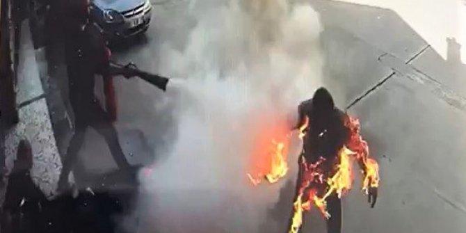 Kahramanmaraş'ta alevlerin sardığı pompacıyı arkadaşları kurtardı