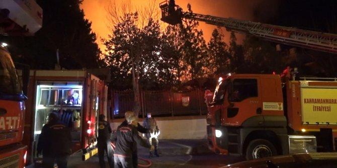 Kahramanmaraş'ta Orduevi'nde yangın kontrol altına alındı