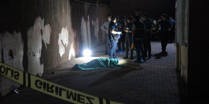 Kahramanmaraş'ta evin balkonundan düştü hayatını kaybetti